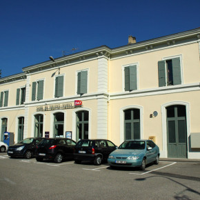 Gare SNCF - Tullins Battaglino - entreprise de peinture - façade ravalement