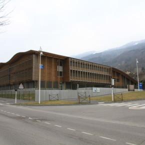 Grenoble - Isère Collège Allevard - entreprise de peinture - bâtiment - façade - Grenoble